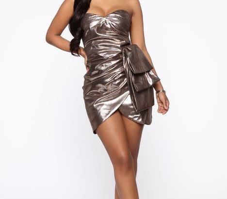Celebrating Life Metallic Mini Dress – Gold